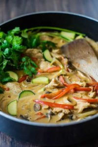Asian-Style Creamy Chicken and Vegetables