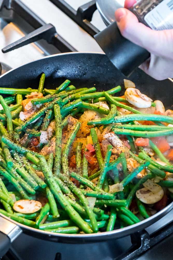 Saucy Sauteed Green Beans_-4