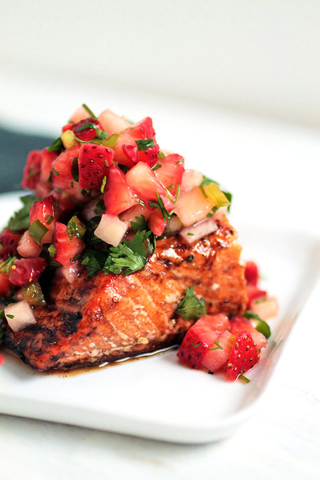 balsamic strawberry salsa