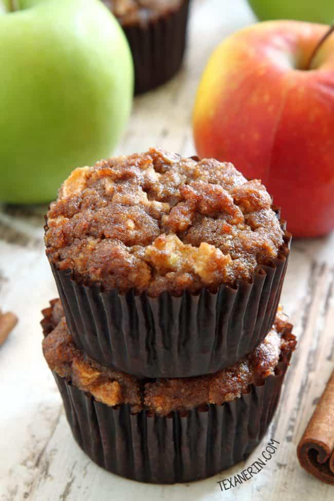 paleo apple maple muffins
