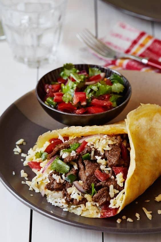 kept beef burrito with pico de gallo