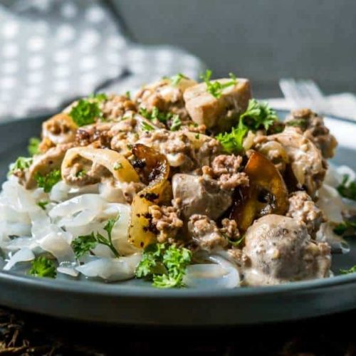 Easy Keto One Pot Ground Beef Stroganoff
